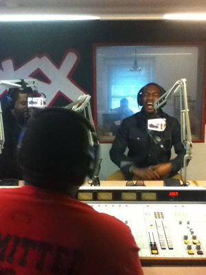 Talent And Bill Bellamy In The WDKX Studio 2
