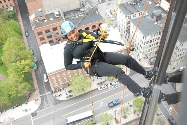 Mayor Lovely Warren Rappelling 24 Floors to raise money for the Boy Scotts