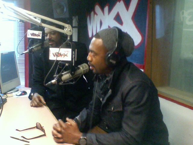 Talent & Bill Bellamy In The WDKX Studio